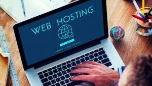 Advantages & Disadvantages of Free Web Hosting